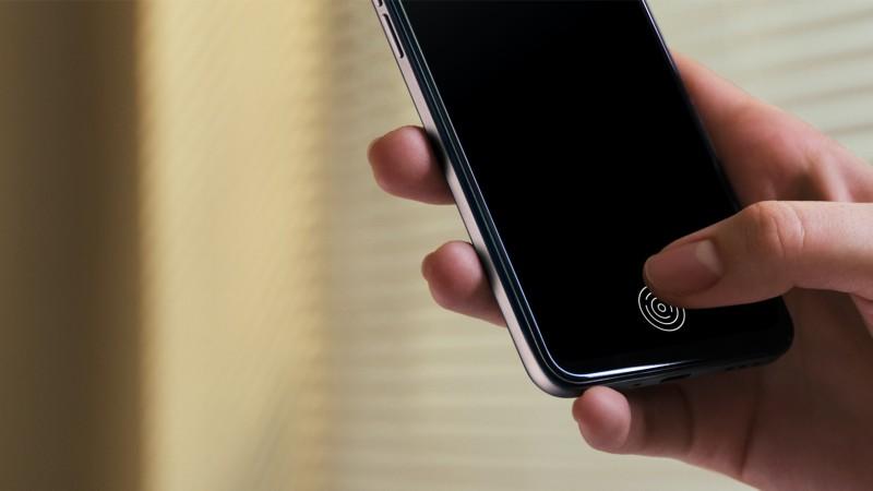 OPPO A73の指紋認証は、ディスプレイ画面上に配置